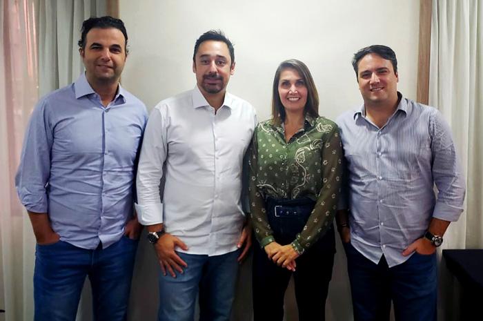 Rafael Malfara, Luiz Silva, Daniela Villares, Fernando Villares, integrantes da nova diretoria resultante da fusão entre a Movere Viagens e a Corp Travel