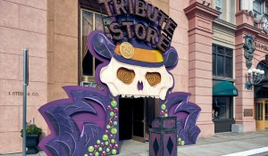 Universal inaugura loja temática em comemoração aos 25 anos do Mardi Gras