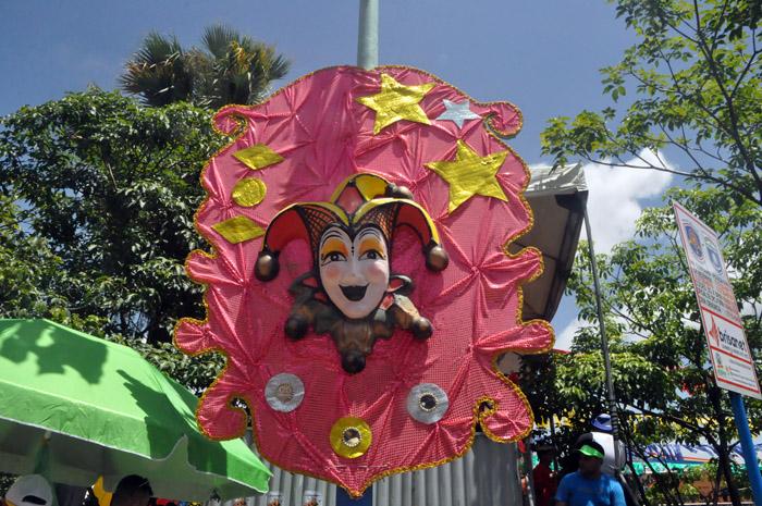 As máscaras são o ícone do Carnaval de Bezerros