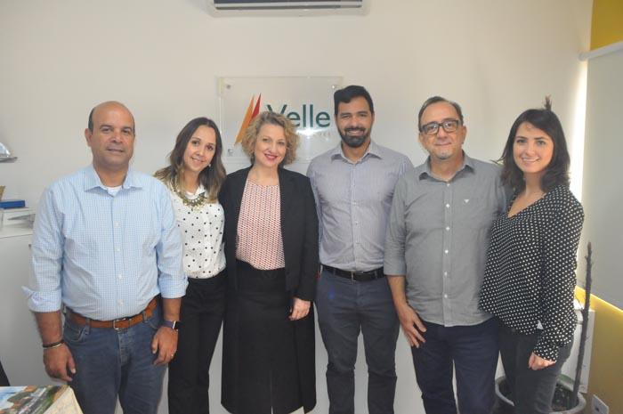Equipe da Velle Representações, com Flavio Policarpo, da Scenic