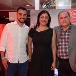 Gladston Assis e Jaime Schnaider, da Maringá Turismo, e Luciana Longo, da Avianca