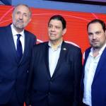 Renê Contreras, do Turismo da Republica Dominicana, entre Gustavo Esusy e Nissim Jabiles, da Avianca