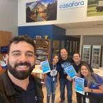 Stefany Ribeiro, executiva da Trend e Alzira Ribeiro, da Copa Airlines, visitam a Agência Casafora em Recife
