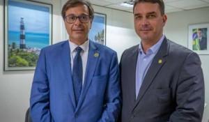 Flávio Bolsonaro apresentará PL para viabilizar chegada de mais cruzeiros