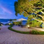 O resort está localizado na Praia do Veloso