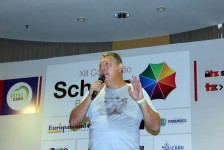 Schultz expande catálogo de produtos com conceito Small Groups