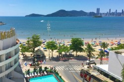 Coronavírus: Balneário Camboriú recebe consultoria online sobre crise da hotelaria