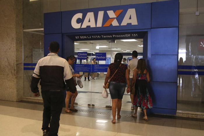 Caixa Econômica Federal ofereceu pausa por até 60 dias para contratos de pessoa física e jurídica (Foto: José Cruz/Agência Brasil)