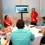 Equipe da Swiss Airlines mostra novidades da companhia para agentes no STE 2020