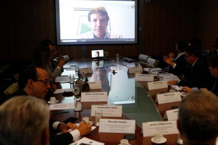 Ministro se reuniu com representantes de entidades via vídeo conferência