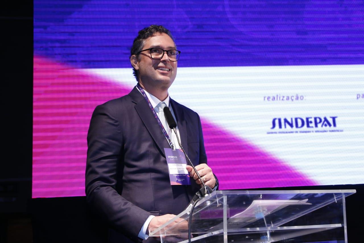 Murilo Pascoal, presidente do Sindepat, na abertura do Sindepat Summit 2019 (Foto Brito Jr.)