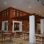 O restaurante 'Meu Rei' é o principal do All Inclusive, contando com café da manhã, almoço e jantar