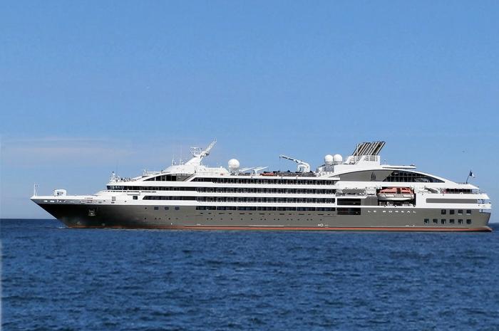Os passageiros do Le Boreal (na foto) devem desembarcar nesta quarta