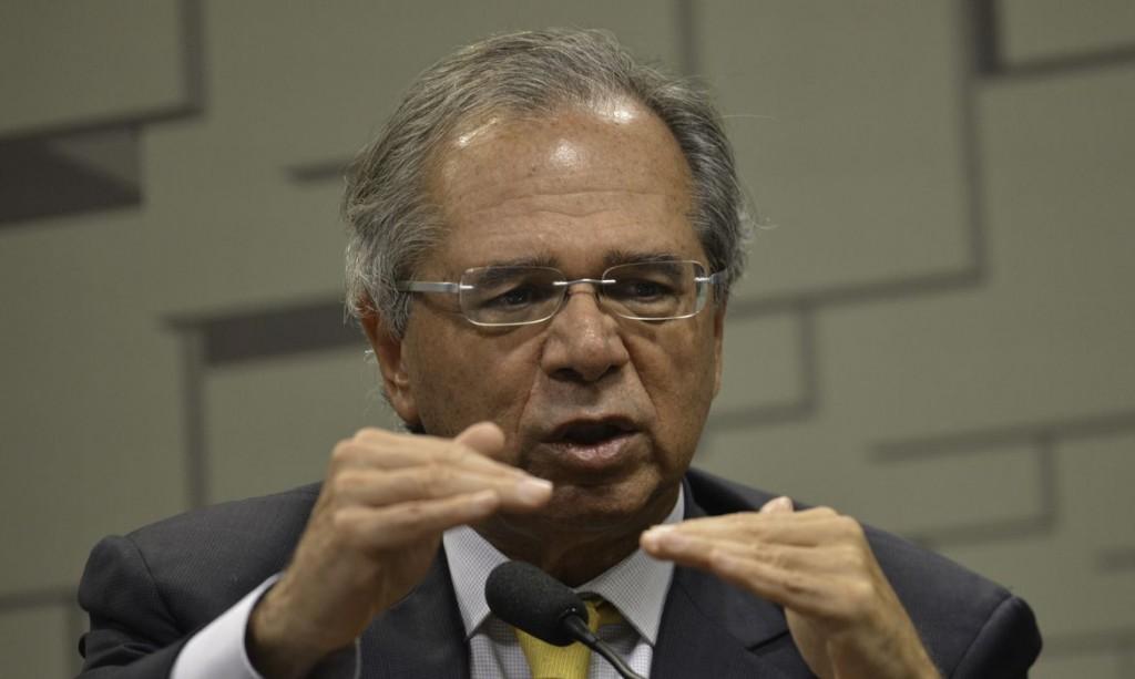 Para o ministro da Economia, Paulo Guedes, o projeto não pode ser aprovado como está.