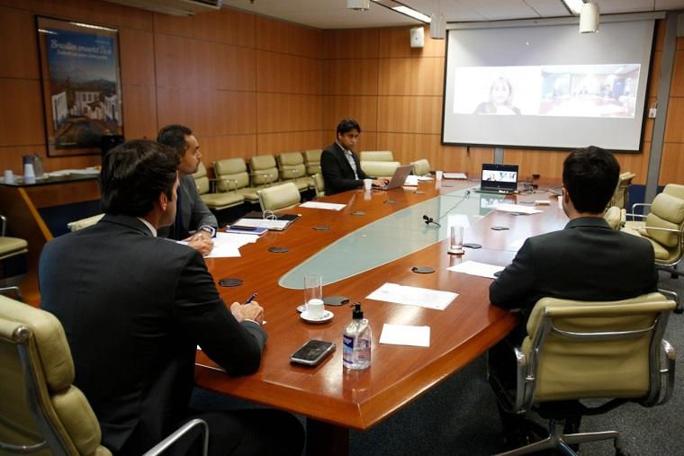 Reunião aconteceu nesta quinta-feira (26)