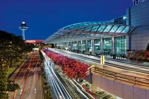 Coronavírus: aeroporto de Singapura fecha Terminal 2 por 18 meses