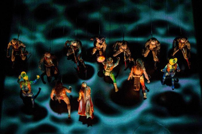 Cirque du Soleil realiza performance pela terceira semana seguida