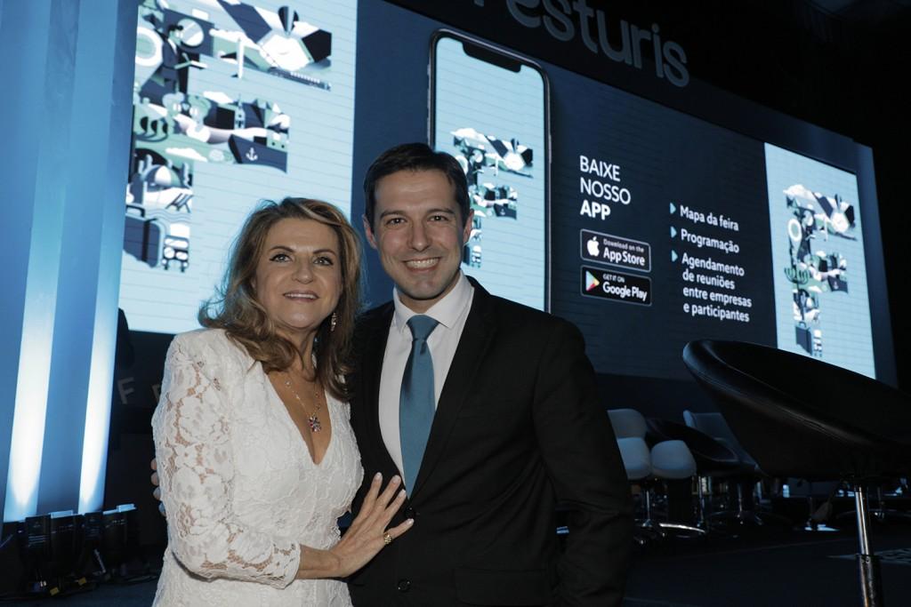 Marta Rossi e Eduardo Zorzanello, organizadores do Festuris