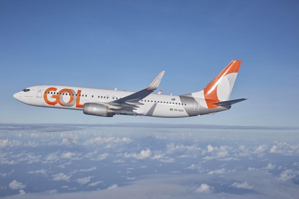 Companhia pede que clientes remarquem seus voos marcados para o próximo mês