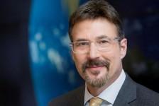 Presidente da Seabourn anuncia aposentadoria após 35 anos de Carnival Corp