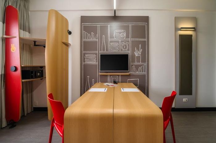 Room-Office no hotel ibis Osasco