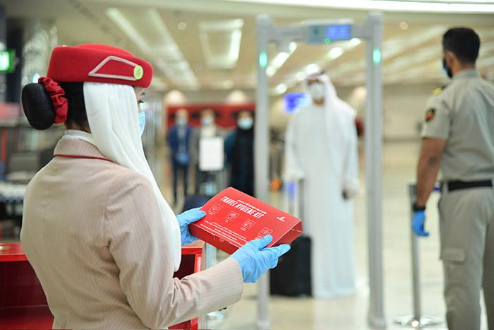 travel kit emirates 2