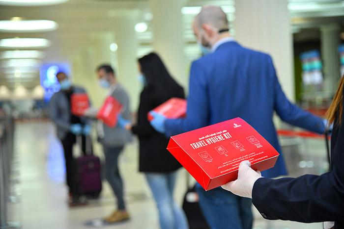 travel kit emirates