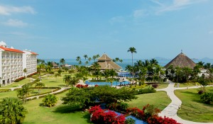AMResorts altera datas de reabertura de dez hotéis no Caribe e México