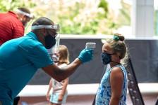 Disney e Universal flexibilizam restrições de seus parques em Orlando
