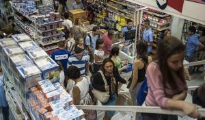 CNC: confiança do comerciante cai pela primeira vez desde junho