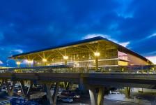 Tráfego em Viracopos supera 300 mil passageiros em junho