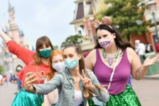 Disneyland Paris reabre com medidas de segurança e restrições