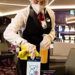 Desinfetante hospitalares estão sendo usados no processo de limpeza