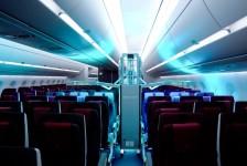 Qatar Airways adota sistema de limpeza de cabine ultravioleta
