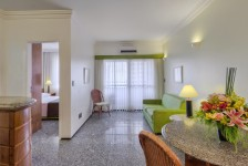 Tulip Inn Fortaleza e Golden Tulip Goiânia conquistam selo NSF International
