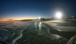 Orla de Saquarema (RJ) ganha nova iluminação turística