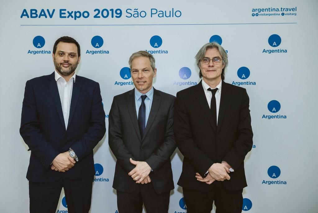 Gastón Burlon, Secretário de Turismo de Bariloche, Diego Piquin, Diretor Executivo da EMPROTUR e Leo Tiberi, diretor de imprensa da EMPROTUR