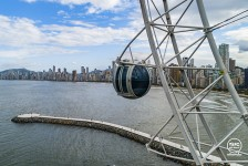 Roda-gigante de Balneário Camboriú ganha as primeiras cabines