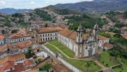 Revisitando o Brasil do MTur e Embratur destaca roteiros turísticos de Ouro Preto