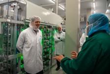 KLM introduz robô capaz de preparar refeições para classe executiva