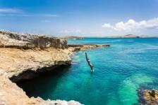 Anguilla reduz quarentena para vacinados e lança novas fases de restrição