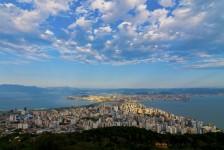 Iniciativa cria pacotes promocionais de hospedagem em Florianópolis