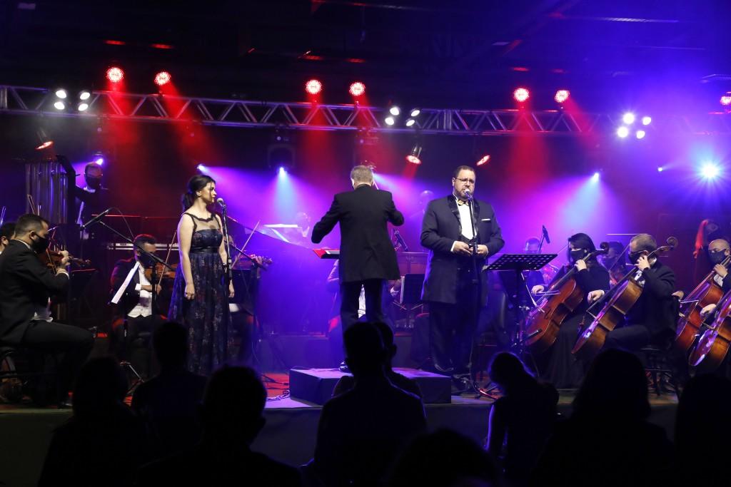 22_10_2020_35Natal Luz de Gramado - Abertura Oficial na Villa Sergio Bertti - Orquestra Sinfonica de Gramado. Foto Cleiton Thiele/SerraPress
