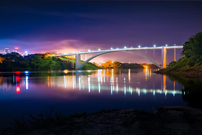 Nova Iluminação da Ponte da Amizade