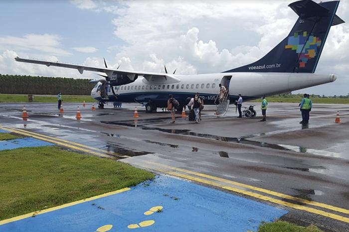 Aeronave da Azul em Teixeira de Freitas (BA)