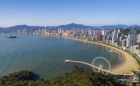 Roda-gigante de Balneário Camboriú será inaugurada no dia 10 de dezembro
