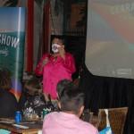 Humorista cearense diverte o público