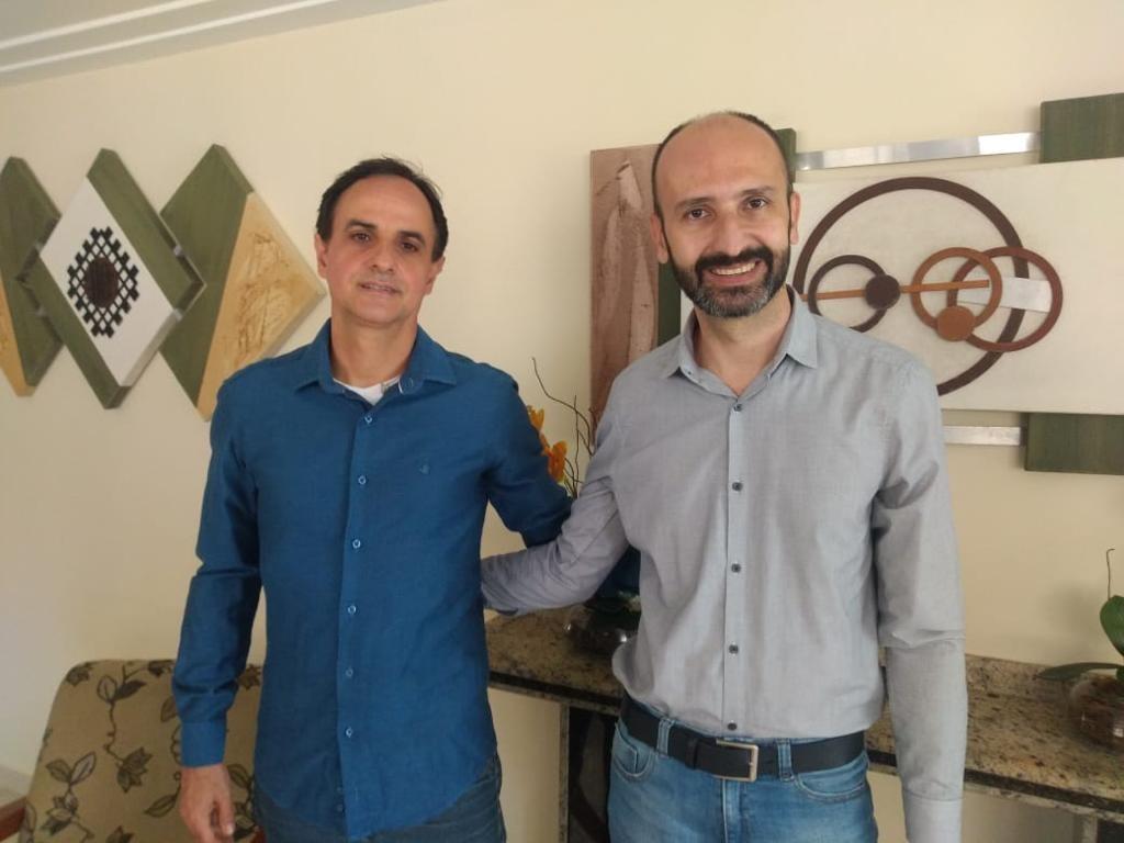 Wilson Ramos com o novo contratado Ricardo Rigitano