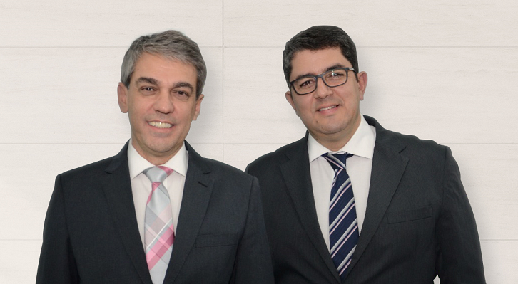 Fernando Santos e Marcos Lucas, presidente da Abav-SP e da Aviesp