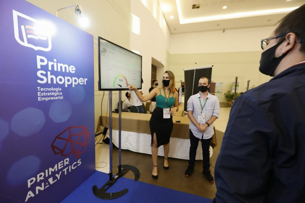Tecnologia garante o distanciamento na feira